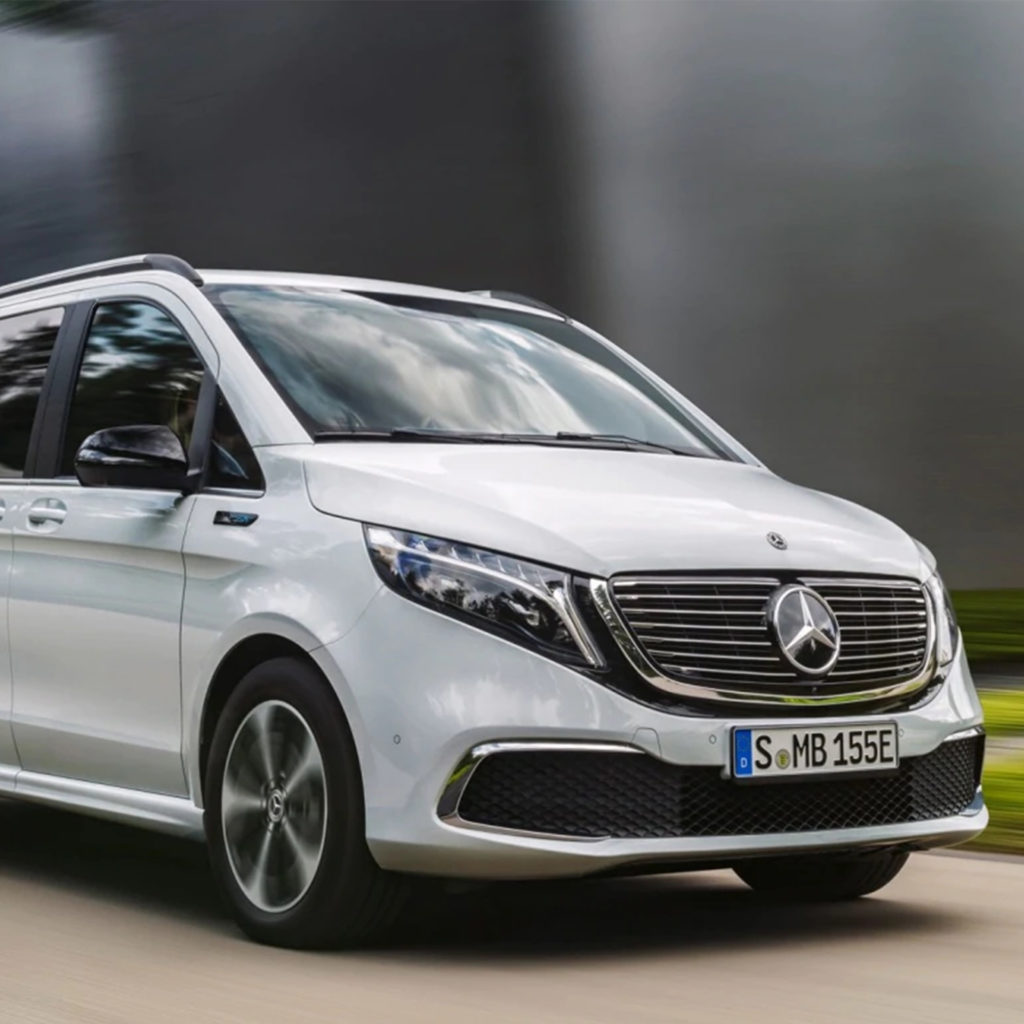 Boka provkörning av Mercedes