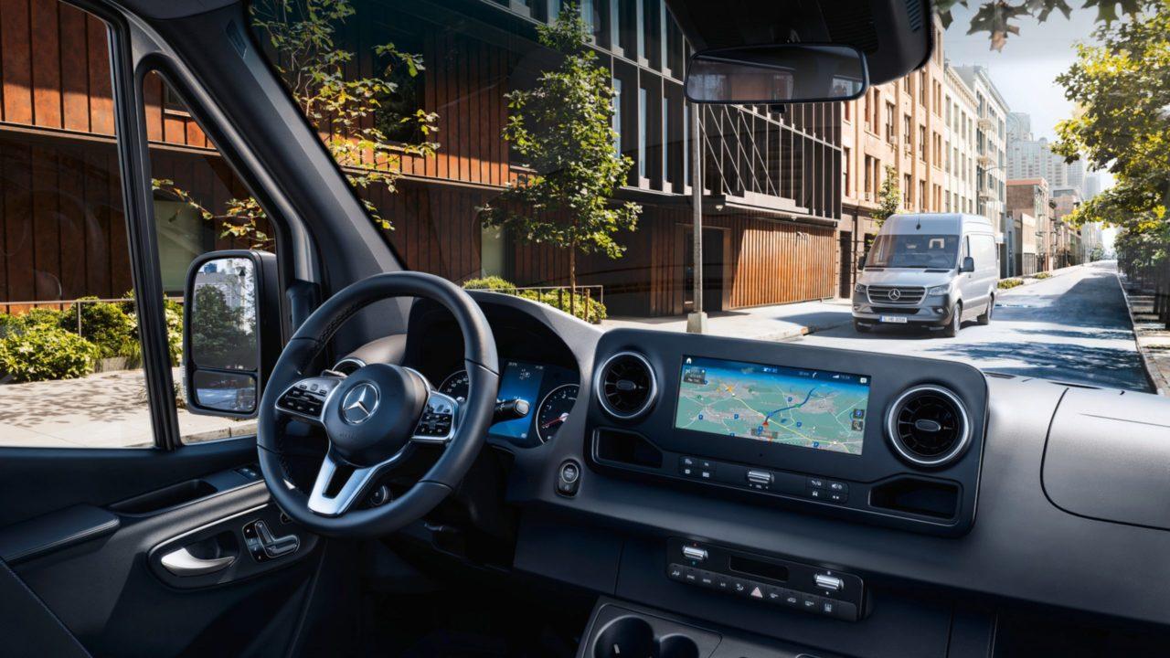 Boka provkörning av Mercedes transportbil